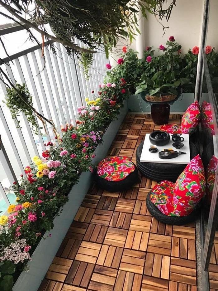 Ban công chung cư đẹp hơn nếu trồng hoa và cây xanh